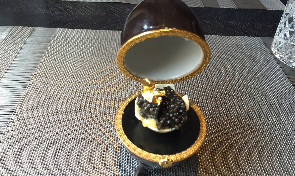 White chocolate, Hollandaise sauce, caviar and gold. This is Fabergé Eggas imagined by Igor Grishechkin, chef at restaurant Kokokoin Saint Petersburg in Russia, in Voznesensky prospect6, tel. +7.812.4182060 (translated into English by Slawka G. Scarso)