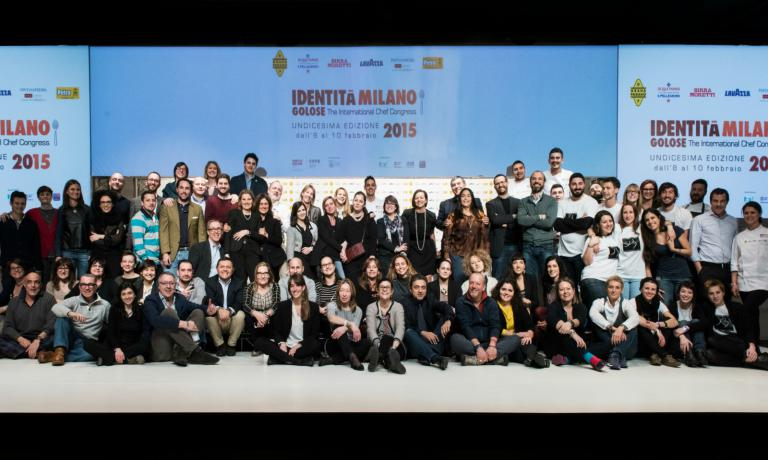 Final group photo for the large team that gave life to Identit� Milano 2015