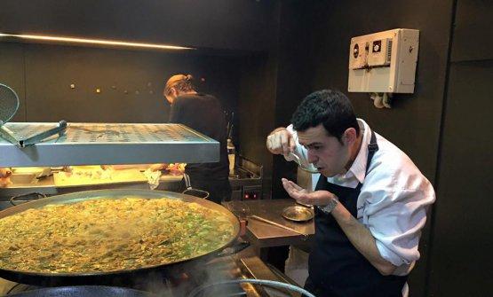 Camarenaand paella