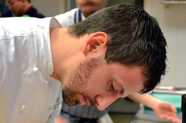 Born in Abruzzo, in his early thirties, Danilo Cortellini conquered a prestigious stage for his cuisine: since 2012 he's the head chefof the italian embassy in London