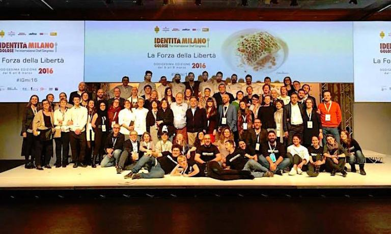 Final group photo with all the staff at Identità Golose and MagentaBureau. The congress in Milan ended with a clear success