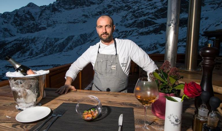 Federico Zanasi, born 1975, from Castelfranco Emilia, was for a few years the chef at Moreno Cedroni�s Clandestino. He started to collaborate with Hotel Principe delle Nevi in Cervinia, as kitchen manager, three years ago, to get closer to his fianc�e in Torino. Also for personal reasons, he recently had a child, he chose to end his professional collaboration with Cedroni