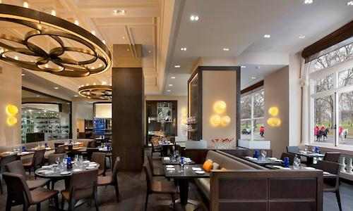 Total light at Dinner by Heston, inside the Mandarin Oriental hotel in Knightsbridge, London, tel. +44.(0)20.72352000. Reserving a table at Heston Blumenthal's restaurant in London is not so prohibitive, last minute is possible
