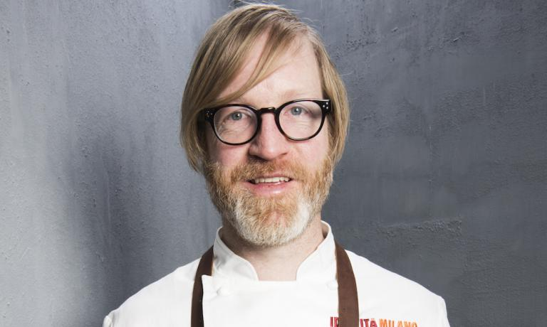 39-year-old Canadian chef Daniel Burns of restaurant Luksus at Thorst, a bistro seating 26 people included in a beer bar in Greenpoint, Brooklyn, New York, one Michelin star without having a single wine in the list. Why beer?, he explained during his lesson at Identit� Milano, why not? (photo credits Brambilla/Serrani)