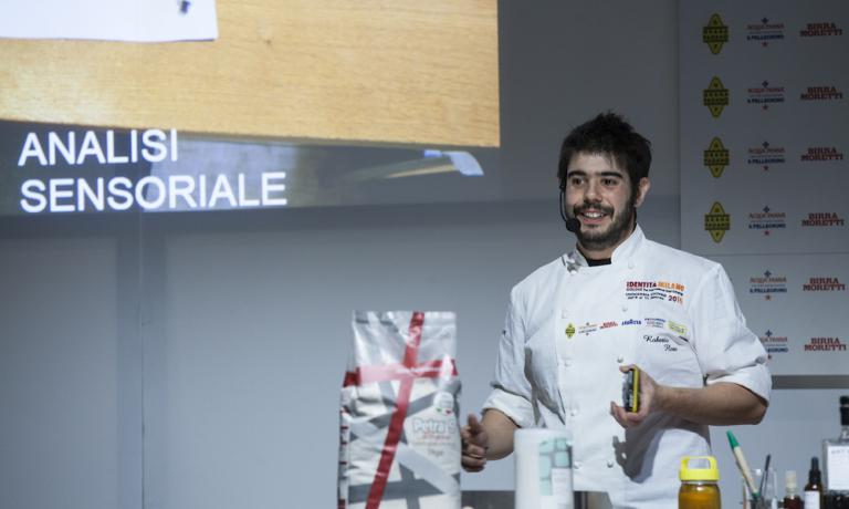 Roberto Flore in a shot taken during the lesson at Identità Estreme, last February in Milan. Born in Sardinia in 1982, Flore is the head chef at the Nordic Food Lab in Copenhagen, Denmark, a project dedicated to open-source research on delicious food (photo credits Brambilla/Serrani)