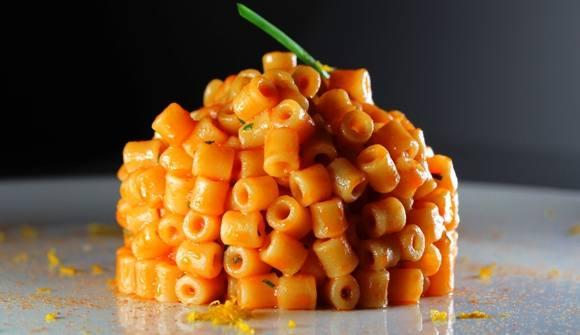 Tubetti, mullet and mandarin by Marianna Vitale, concept and recipe are explained here