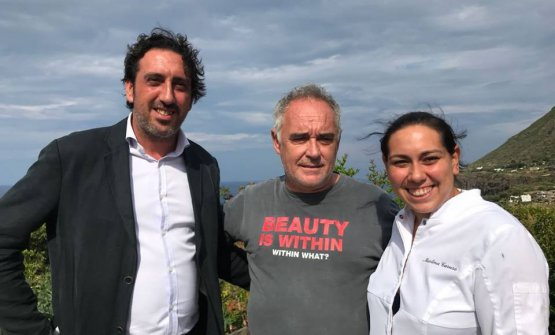 Ferran Adrià with siblings Luca and Martina Caruso, maître and chef at Signum, on the island of Salina. The Catalan chef spent a week on holiday in Sicily and the surroundings and made himself available for a long interview