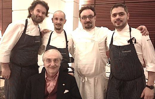 Dining with the Maestro. This is what happened during Identità Golose in Milan, in February 2013, when Carlo Cracco, to the left, invited two more pupils of Gualtiero Marchesi, Enrico Crippa and Paolo Lopriore. To the right, Matteo Baronetto who a few months later left Cracco's restaurant to become chef at Cambio in Torino