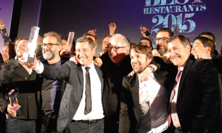 A souvenir photo in London at the end of the evening dedicated to the 2015 edition of the World's 50 Best Restaurants. Left to right: Jordi Roca (first place, as in 2013, with his two brothers), Massimo Bottura (second, a best ever for an Italian chef), Joan Roca, Juan Mari Arzak (a monument of Spanish cuisine), Ren� Redzepi (third) and Joan Roca. Things will change in 2016: the ceremony will move to the other side of the Atlantic, from London to New York
