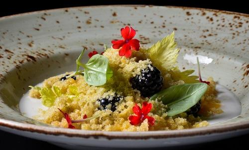 Camomile, cardamom and berries, a gluten free recipe by Simone Salvini, vegan chef (photo by Emanuele De Marco)