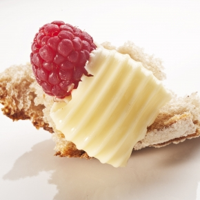 Bread, salted butter and raspberry - Paolo Lopriore's dish, symbolizing  Identità Milano 2012