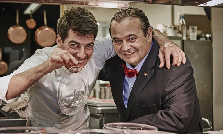 Massimiliano Alajmo of Le Calandre, 3 Michelin stars in Rubano (Padua), and Jos� Gomez, fourth generation at the helm of the great Iberian Joselito ha,. The chef from Padua designed 23 recipes based with Joselito, available for download from the entire website or from the  app