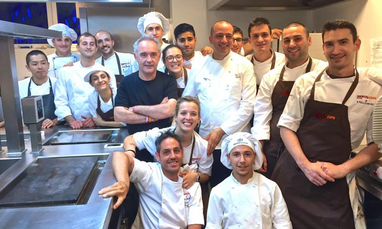 Ferran Adrià a few hours ago at Identità Expo, together with Pino Cuttaia and the kitchen team