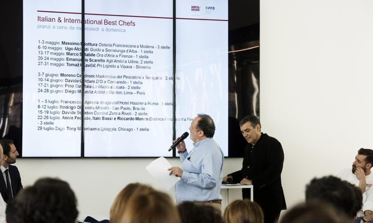 Paolo Marchi presents Identit� Expo�s programme: the highlight of the conference that took place at Expo Gate, with numerous chefs and a large audience