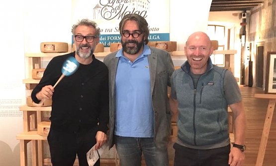 Massimo Bottura,Philippe Léveillé andAlfio Ghezzi participated in the third edition of Asta dei formaggi di malgathe charity auction with cheese from Val di Sole and Trentino, on the 4th September at Castello Caldes in Val di Sole