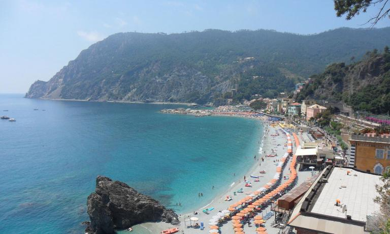 For all those who will happen to go there in the next few weeks, we republish, in two episodes, the article in which Marianna Corte presented her favourite places in the beautiful Cinque Terre for Guida ai ristoranti di Identit� Golose 2014, published by Mondadori. The first stop is in Monterosso