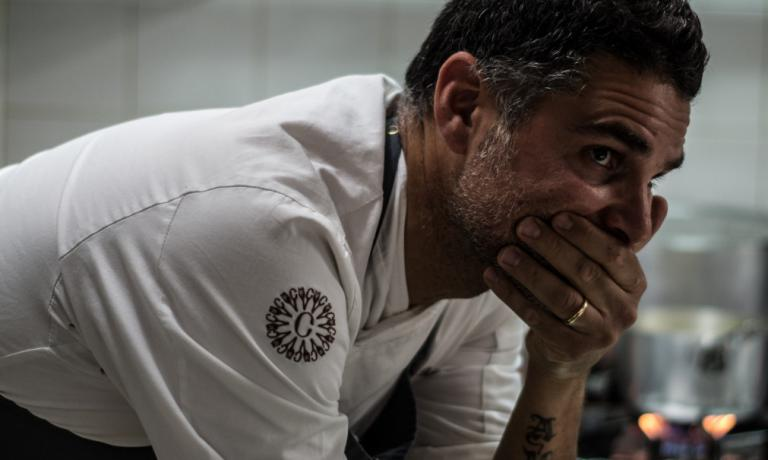Chef Marco Baglieri. A few hours ago he went back to work, after six months of forced inactivity caused by the illness of his daughter Aurora, who lost her battle against leukaemia