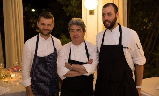 To celebrate Charleston's 50th anniversary, before the official party on the 13th of November, when they'll also present a book on their first 50 years of existence, they've organised some special events with great guest chefs. In the photo, the one from the 29th of June, with Enrico Bartolini, first from the left. With him, outgoing chef, Angelo Gervasi, and the new chef, Santino Corso