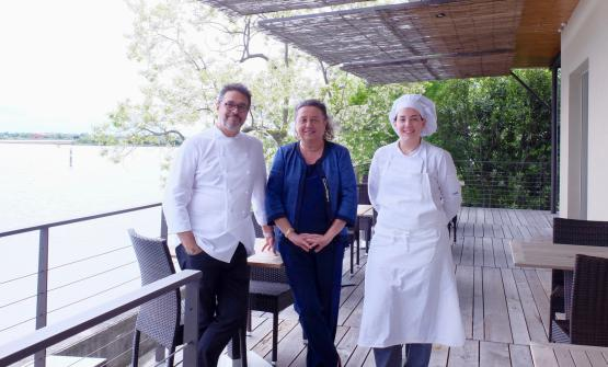 Architect Adriana Paolini, patron of boutique hotel Oche Selvatiche in Grado, with Roberto Franzin and his sous chef. The two prepared a great dinner at Tarabusino, the restaurant of the hotel in Grado