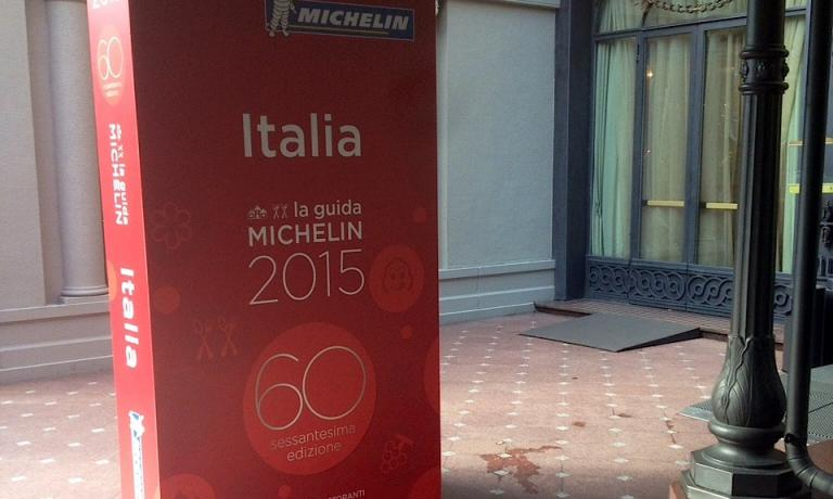 The life-size reproduction of the Michelin Guide. It was dominating the entrance of hotel Principe di Savoia in Milan last Tuesday November 4th, on the day of the presentation of the 2015 Italian edition