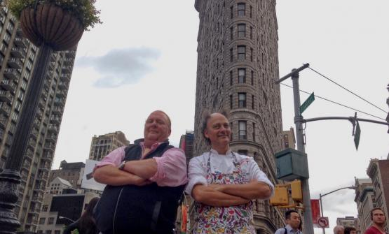 Mario Batali, at the helm of Babbo and of many other restaurants in the Big Apple and Moreno Cedroni, chef at Madonnina del Pescatore in Senigallia (Ancona) pose in front of Eataly and the Flatiron before their lecture, the second at Identit� New York. The leitmotiv: extra virgin olive oil