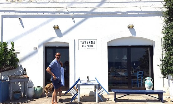 A moment of relax for Antonio Guida this summer at Tricase Porto in Salento. He's about to enter Taverna sul Porto