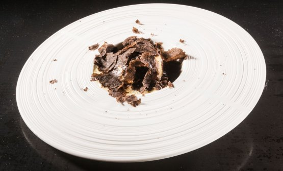 Timbale of pasta with morels, foie gras and black truffle