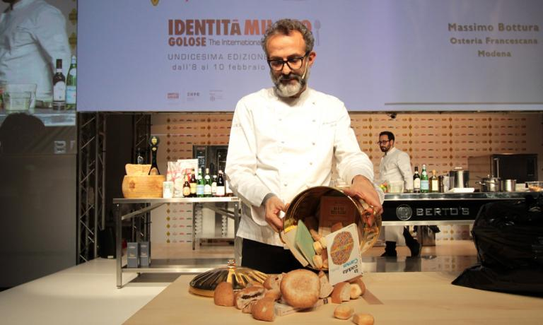 Massimo Bottura of Osteria Francescana, the author of a memorable lecture a while ago in the Auditorium hall, what with the tribute to Stefano Bonilli, the World Fair, the Refettorio project (photo credits by Brambilla/Serrani).�Translation by Slawka G. Scarso