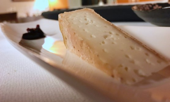 Pecorino matured 2 months with raw milk, it is only lightly cured with salt