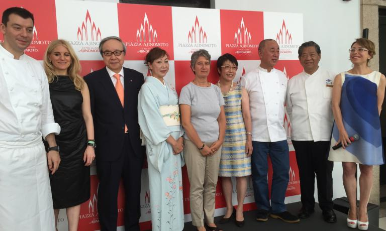 A group photo at the end of the umami summit in Milan: left to right Luca Fantin, Laura Santtini, Ito Masatoshi (chairman at Ajinomoto), Yuko Hayashi (the wife of the Japanese minister for agriculture, Masatoshi Hayashi),Gabriella Morini, Kumiko Ninomiya, Nobuyuki Matsuhisa, Yoshihiro Murata and Stefania Viti