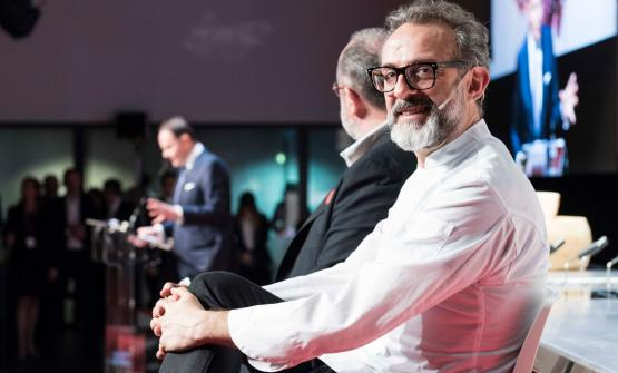 The debate on the dining room service launched by Cantine Ferrari at Identità Milano included the participation of Massimo Bottura