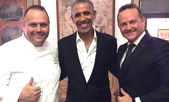 Ex president of the United States Barack Obamabetween Bobo(left) andFrancesco Cerea, two of the three multi-starred brothers from Vittorioin Brusaporto (Bergamo)