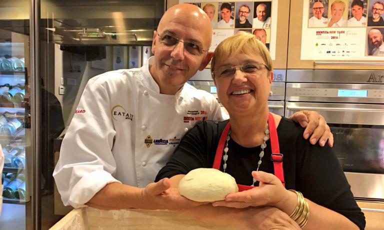 Franco Pepe of Pepe in Grani in Caiazzo (Caserta) and Lidia Bastianich, host at Eataly Flatiron. On Tuesday night, 4th of October (the dawn of Wednesday 5th in Italy) they opened the 7th edition of Identità New York. The first edition with a focus on pizza