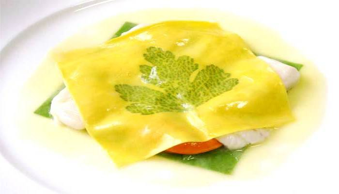 Marchesi's famous Raviolo aperto, a decomposition between raviolo and lasagna