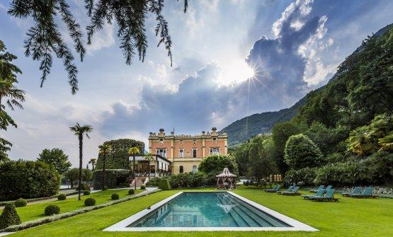 Villa Feltrinelliin a photo by Richard Haughton