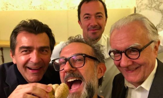 Alleno in a recent photo with Massimo Bottura, Romain Meder and Alain Ducasse