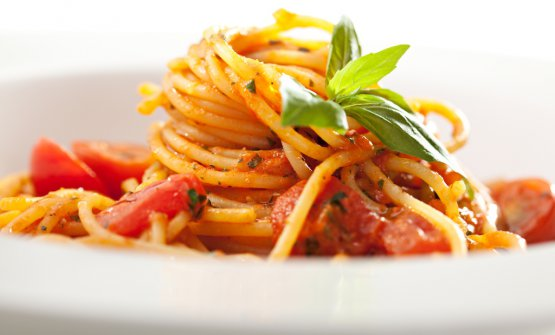 Spaghetti with tomato sauce, the emblem-dish of the World Pasta Day celebrated today. In Sao Paulo, Brazil, 250 representatives are awaited, what with pasta producers, institutions, scientists, journalists and food opinion leaders