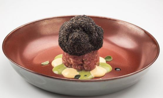 Finto tartufo: one of the many new dishes in the 2017 menu of Duomo. The other dishes in the gallery
