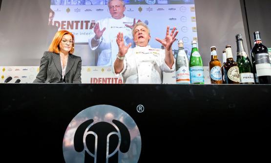 Davide Scabin, is always ahead of his times (even with pasta). Here he's on the stage of Identità di Pasta with Eleonora Cozzella(photo by Brambilla-Serrani)