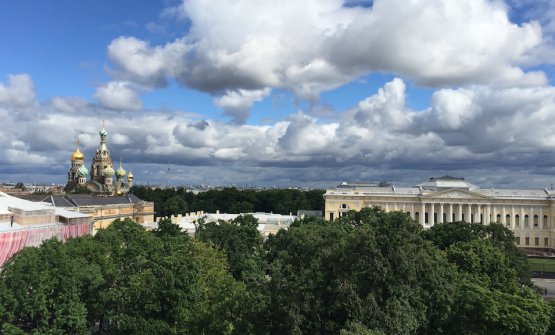The view you can enjoy from the iconic Grand Hotel Europe in Saint Petersburg. The Russian metropolis is betting a lot on its restaurants. We established this during the first edition of Gourmet Days, 4th-9th July