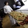 La pizza a metro di Luigi Dell'Amura
