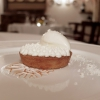 Lemon pie: a tart with flambé lemon cream, cream, burnt meringue and meringue ice cream